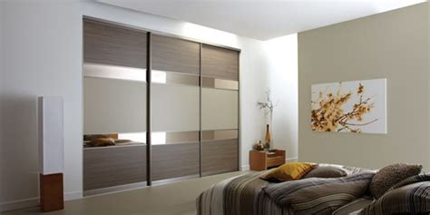 Bedroom Wardrobe Colors by Shining Wardrobe Design With Sliding Doors For