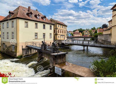 banken in bamberg bamberg duitsland dammen bruggen oude huizen op