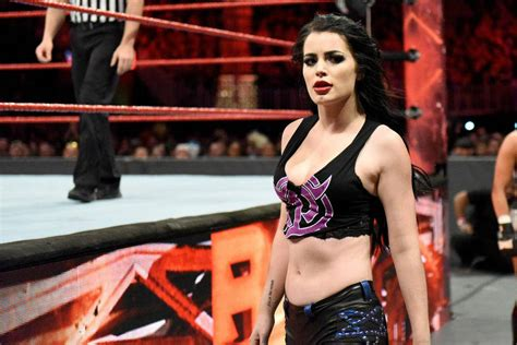 paige wwe 2018 rumour paige s wwe career ends due to injury mykhel