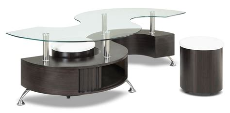 Seradala Coffee Table With Two Ottomans The Brick Ottomans As Coffee Tables