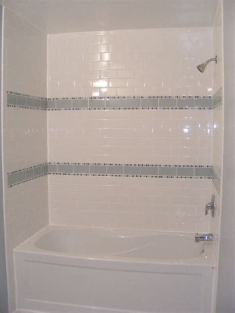 Subway Tile Design And Ideas Gorgeous Small Bathroom Remodeling Subway Tile Small Guest Bathroom Designs Neat White Tile Bathroom