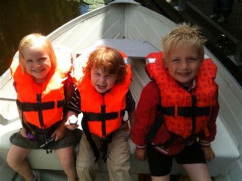 zwemvest open zeilboot kinder zwemvesten en reddingsvesten kopen veiligheid aan