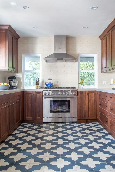 kitchen tile pattern ideas best 10 modern kitchen floor tile pattern ideas diy