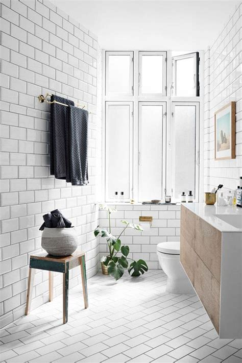 home interior design with tiles 25 best ideas about subway tile bathrooms on