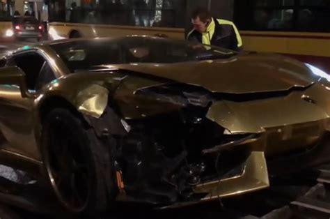 lamborghini car crashes car crash left lamborghini destroyed by honda accord in