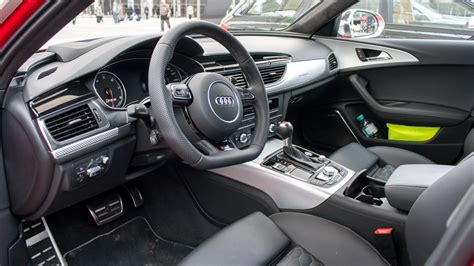 Audi Rs6 Innen by Der Familien Quattro Erster Fahrbericht Mit Dem Audi Rs6