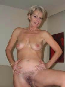 sexy mature grannies nude 300x400 size