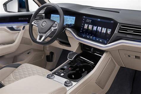 volkswagen touareg interior 2019 vw touareg interior 2 autobics