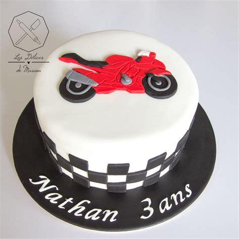 cake design gateau personnalise en pate  sucre sur le theme moto sugar paste motorbike themed