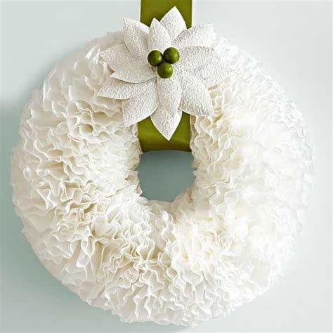 Paper Craft Decoration - wreaths with coffee filters creative crafts for