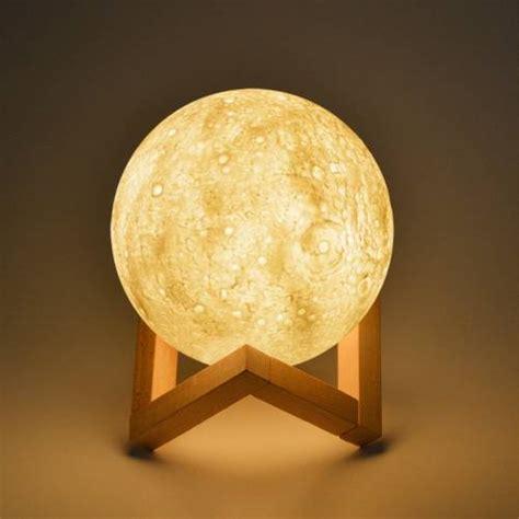 b toys light me to the moon φωτιστικό φεγγάρι moon light επαναφορτιζόμενο με 3