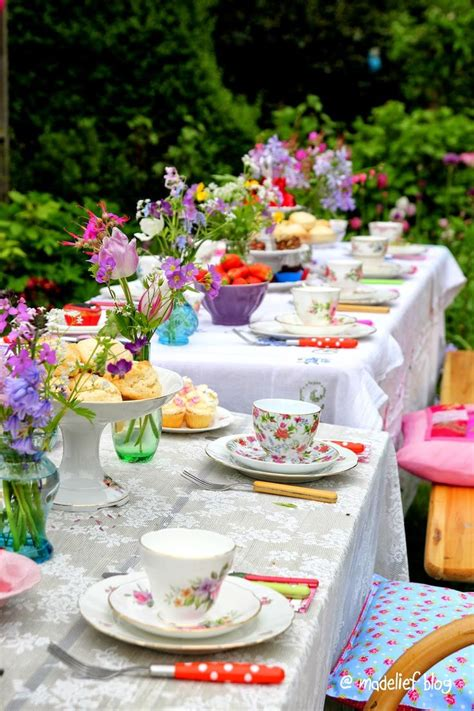 backyard tea party 78 best images about flowers centerpieces tablescapes on