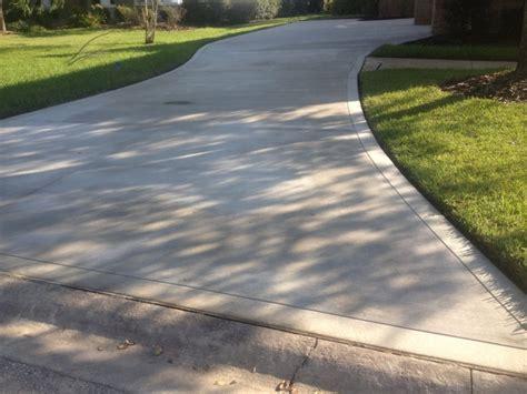 wide concrete driveway concrete works