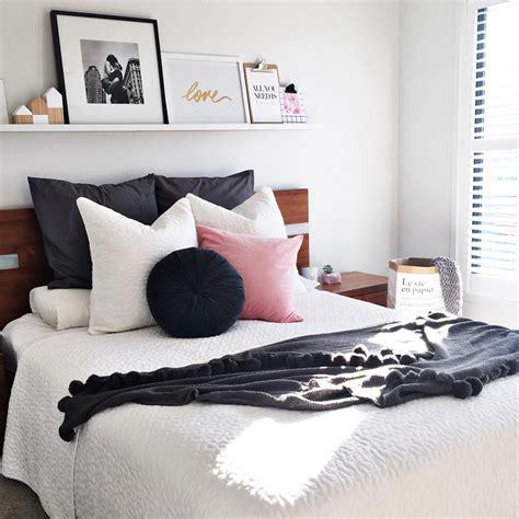 Tempat Tidur Nyaman 40 desain kamar tidur sederhana tapi unik keren terbaru