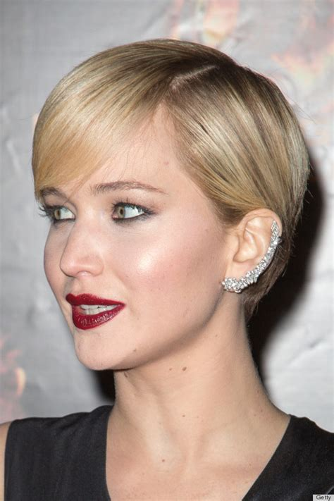 Is Jennifer Lawrence Hair Cut Above Ears Or Just Tucked Behind | jennifer lawrence s ear cuff is a surprisingly edgy style