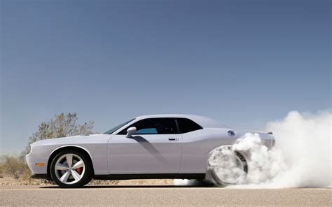 Auto Rau by 11 Awesome Hd Car Burnout Wallpapers Hdwallsource