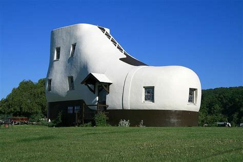 shoe house pa haines shoe house hellam pennsylvania unusual buildings of the w