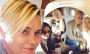 yolanda foster new hairstyle yolanda foster flies into new york with real housewives of