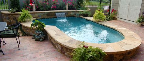 Cocktail Pool Designs For Small Backyards Spools Small Small Swimming Pools For Small Backyards