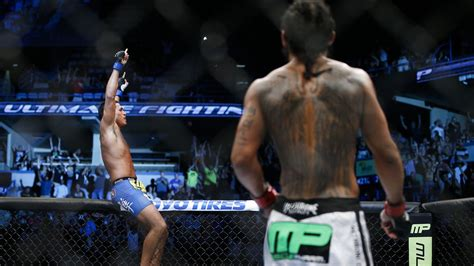 benson henderson back tattoo morning report anthony pettis wants nate diaz before