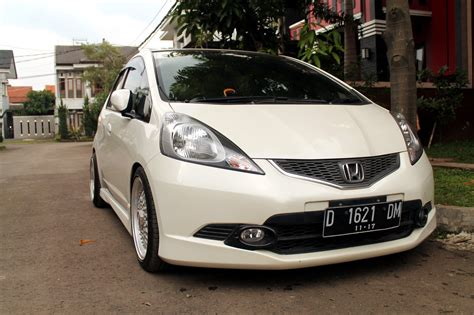 Spion Ori Honda Jazz Rs Jazz jual honda all new jazz rs at 08 putih muluuus km cuman 28rb asliii plat d bandung