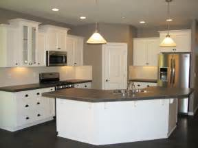 Kitchen L Shaped Island The Camden New Home Plan Vancouver Wa Evergreen Homes