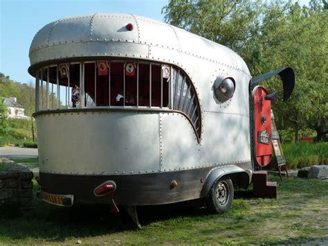 Interior Mobile Home la caravane baleine gildas bitout plasticien photographe
