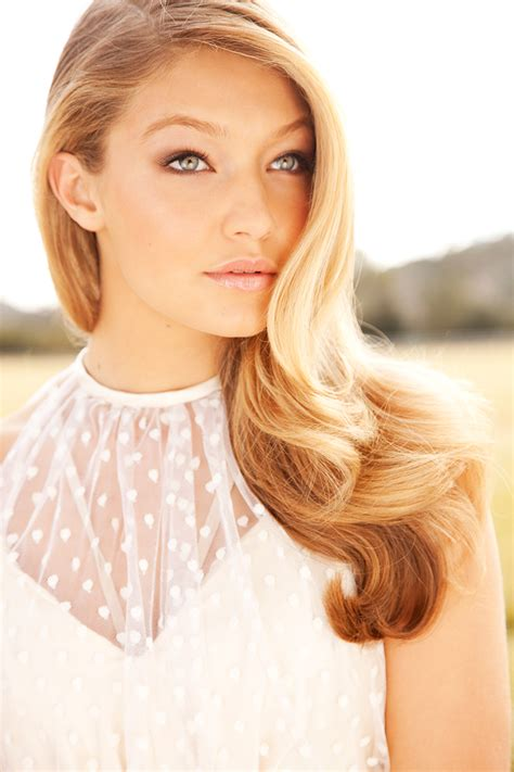 gigi hadid model gigi gigi hadid photo 34398443 fanpop