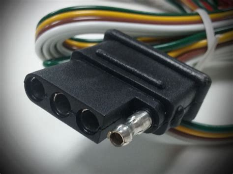 5 to 4 trailer wire converter