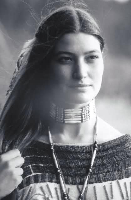 hairstyle of native american women 28 best cherokee indian women images on pinterest wisdom