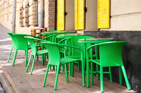 sedie verdi tavole e sedie verdi caff della via