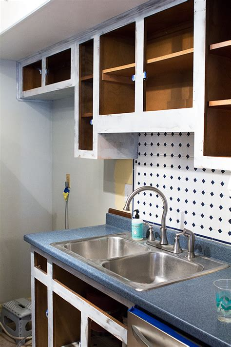 Best Primer For Kitchen Cabinets primer for painting kitchen cabinets manicinthecity
