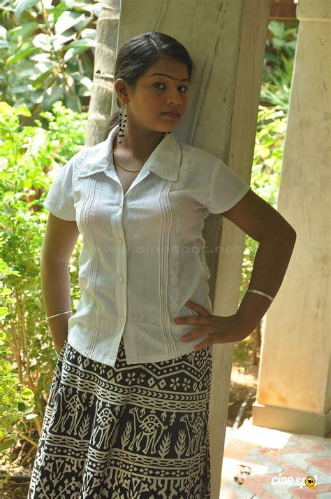 Home Decor Us kamali actress hot stills 6 pictures