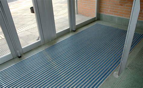 felpudos aluminio basmat la barrera antisuciedad felpudo de aluminio