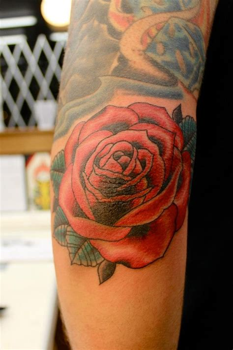 rose tattoo on elbow tatuagem rosa cotovelo amazing tattoos