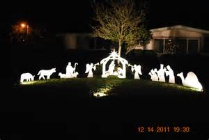 Outdoor Lighted Nativity Set - photo gallery outdoor nativity sets