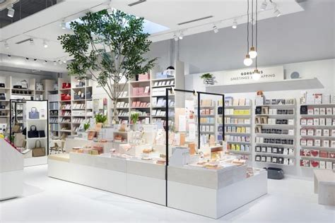 Global Retail Interiors by Kikki K Global Store Concept By Dalziel Pow 187 Retail