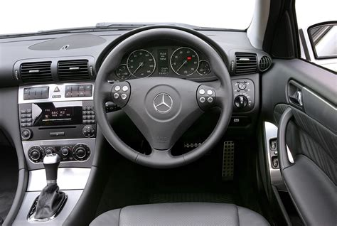 service and repair manuals 2008 mercedes benz s class auto manual 100 mercedes benz 2006 c class w203 service manual mercedes benz c class sports coup礬