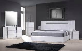 Lacquer Bedroom Set Monte Carlo Size White Lacquer Chrome 5pc Bedroom
