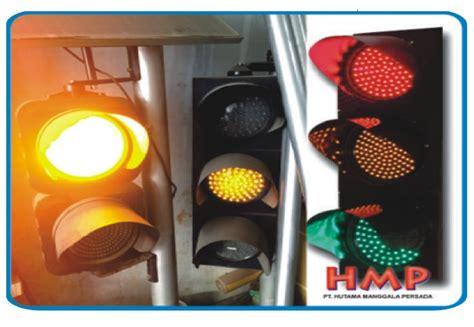 Jual Cermin Lalu Lintas lu jalan lalu lintas traffic light warning light