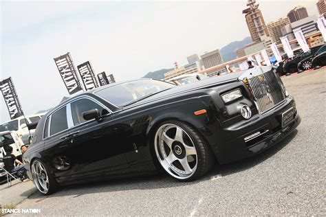 Junction Produce Rolls Royce Phantom Desktop Edition