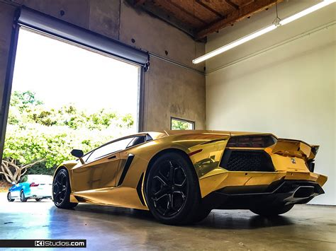 gold chrome lamborghini aventador wrap gold chrome aventador