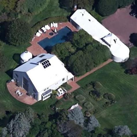 steven spielberg house steven spielberg s house in east hton ny google maps 2 virtual globetrotting