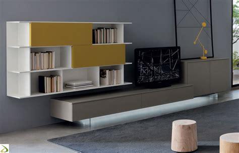 poltrone e sof 224 2018 parete soggiorno moderna dubel arredo design