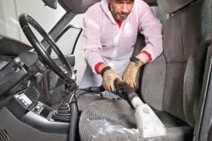 Auto Polieren Jahreszeit by Autopflege Im Fr 252 Hjahr Profi Tipps Autobild De
