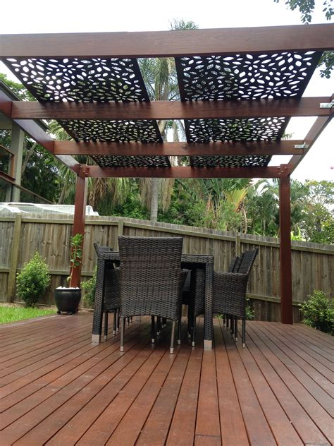 Decorative Screening On Pergola Roof Privacy Screens Pergola Privacy Screens