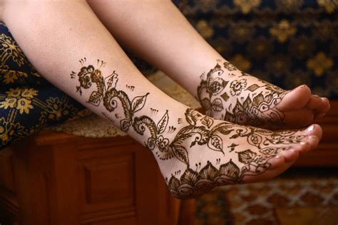henna tattoos on foot henna tattoos tattoos to see