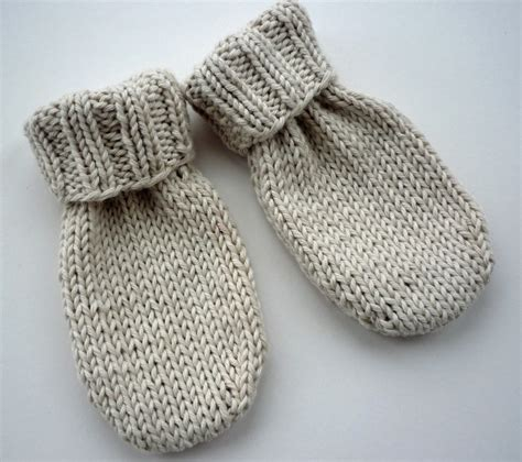 knitting patterns for baby lovefibres baby mittens knitting pattern