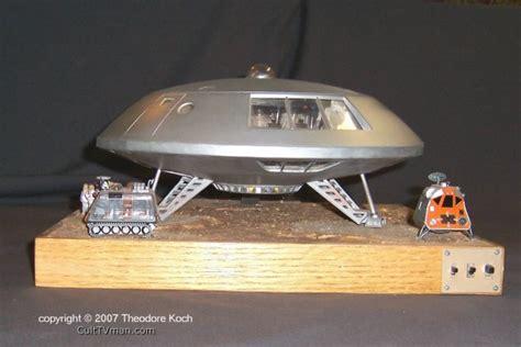 lost in space jupiter 2 model ted koch s jupiter 2 model culttvman fantastic modeling