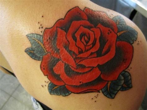 red roses tattoo by hania sobieski tattoomagz